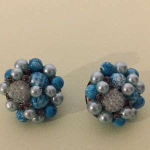 Vintage earrings clip on style signed Hong Kong